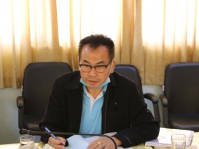 ดร.มโน ชุนดี ผอ.สพป.ลพบุรี เขต 2 พร้อมคณะกรรมการคัดเลือก ผู้อำนวยการกลุ่มนโยบายและแผน
